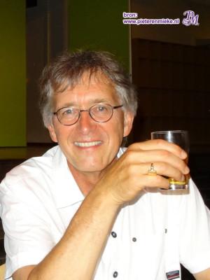 Hans van Rutte, docent Engels aanvankelijk op Sancta Maria. Later Elkervoorde en tenslotte het Alfrinkcollege
