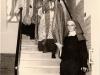 1959 0604 inwijding SM 08 wm rondgang schoolgebouw_resize